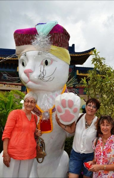 from left to right: Heidi, Annie and Rosemary who was responsible for the Big Kuching to have a scarf.
